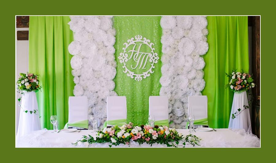 Blumenschmuck Tisch Hochzeit-2