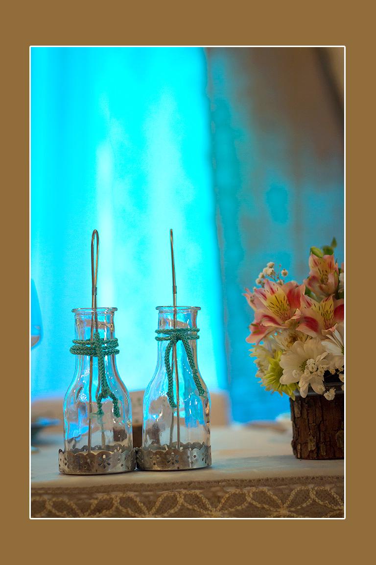 Leere Flaschen Deko Glasdeko im Landhausstil