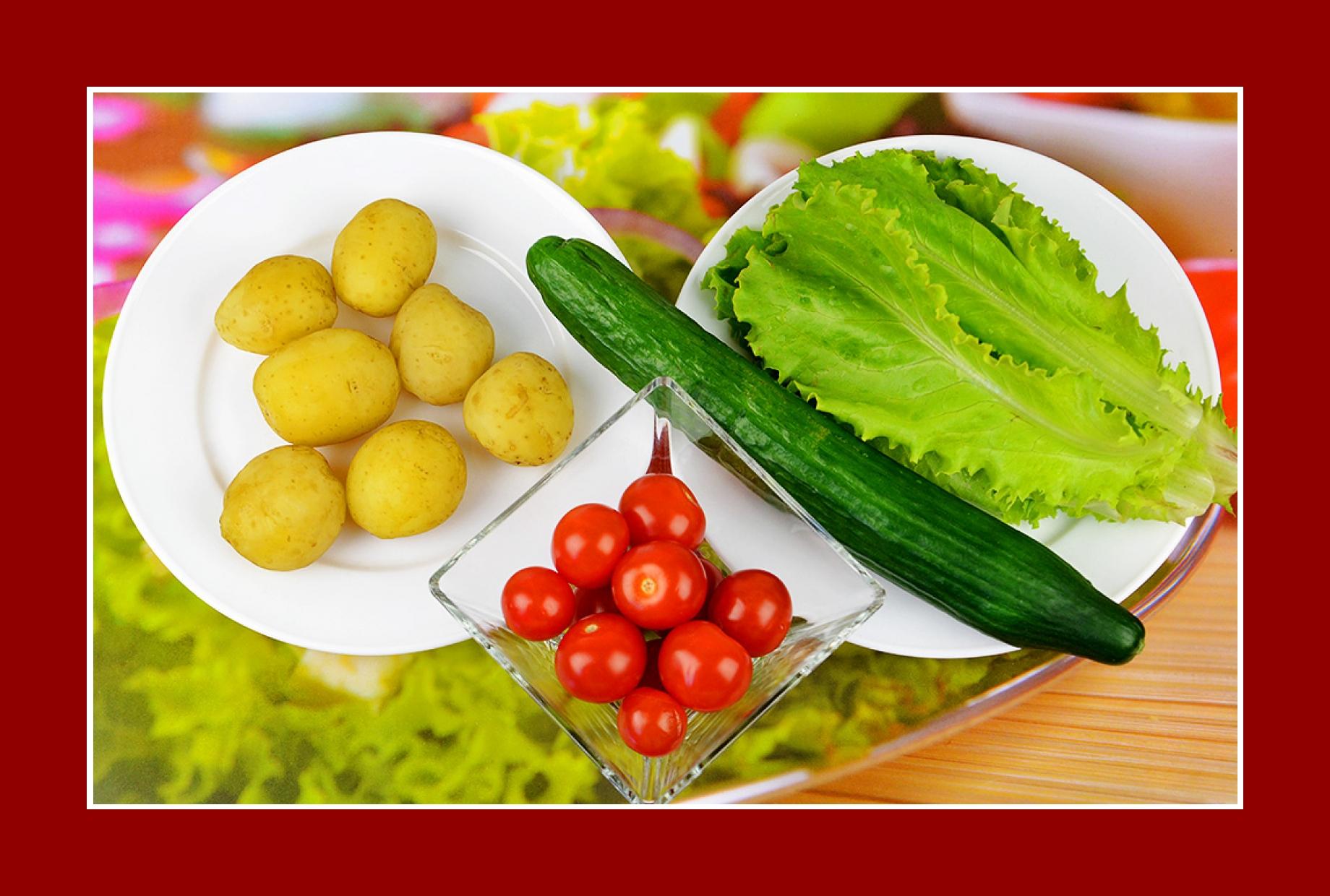 Kartoffelsalat Eisbergsalat Tomatensalat Gurkensalat